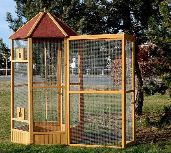 grande cage oiseaux en bois avec sas d 39 entr e. Black Bedroom Furniture Sets. Home Design Ideas