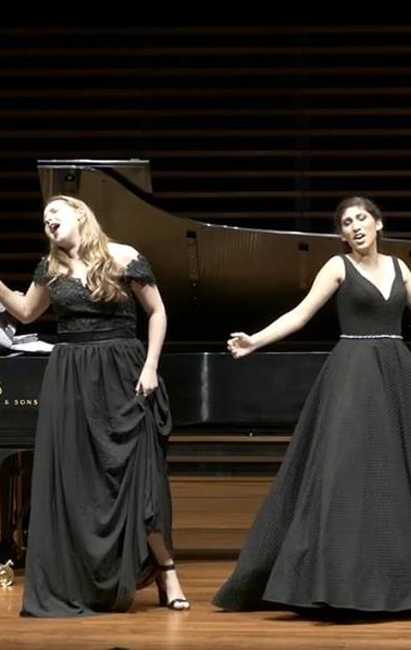 We love a senior recital belting moment.