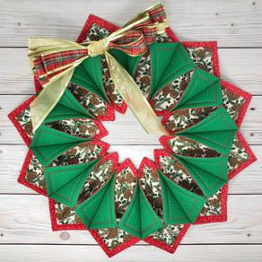 Fold n Stitch Wreath