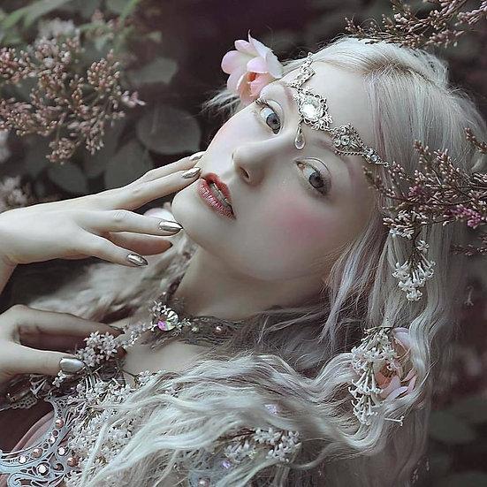 M ~ Spring Elf Queen ~ Discernere Companion