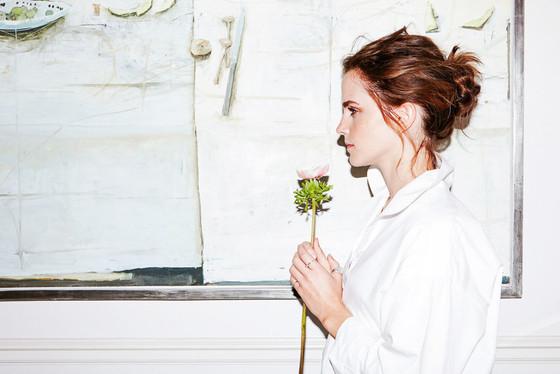 สวยเจิดจรัสตามแบบฉบับ Emma Watson