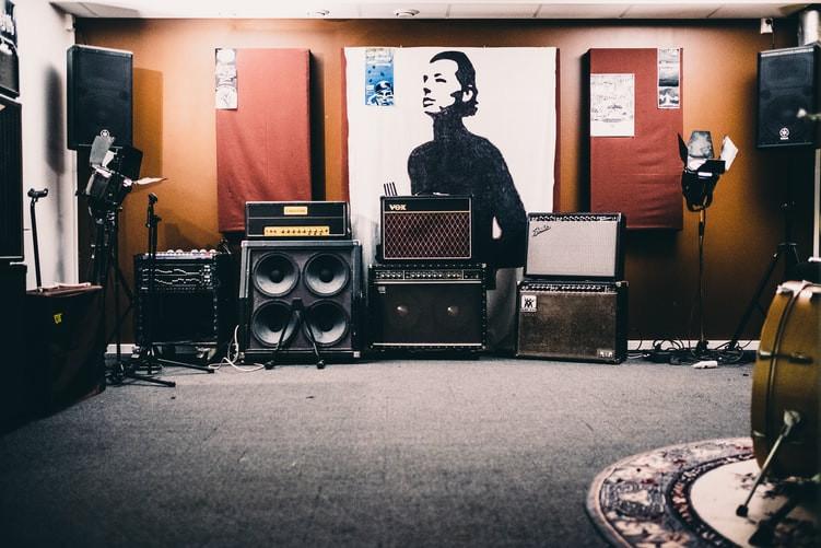 Mantenimiento y limpieza para altavoces y equipos de sonido
