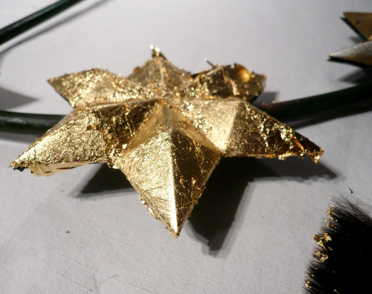 etoile-couronne-dorure-or-cadre-lodeve