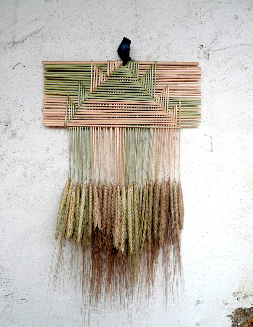 croisillon-arabic-cage-lucky-charm-wheat-weaving-or-cadre