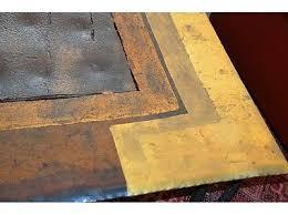argueyrolles-mobilier-table-basse-detail-or-cadre