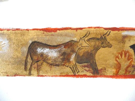 peinture-murale-grotte-ornee-or-cadre-dorure-bovide-lascaux.jpg