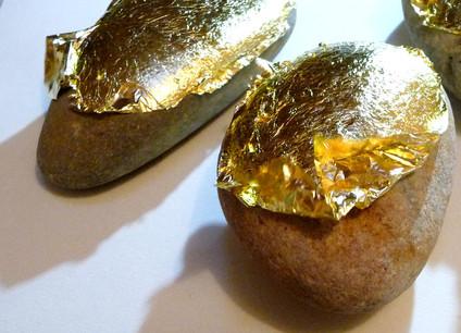galet-bébé-cadeau-or-cadre-herault