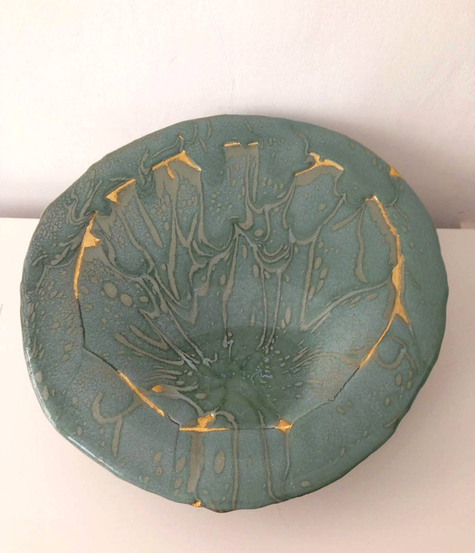 ceramique-mireille-favergeon-dorure-or-cadre-lodeve