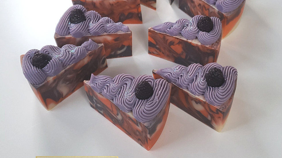 Electric Raspberry Soap Cake | 5.3 ozs and 5.5 ozs