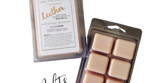 Leather Natural WAX MELTS | 3 oz Clamshell