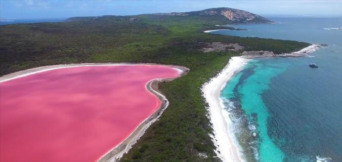 Lake Hillier in Western Australia
