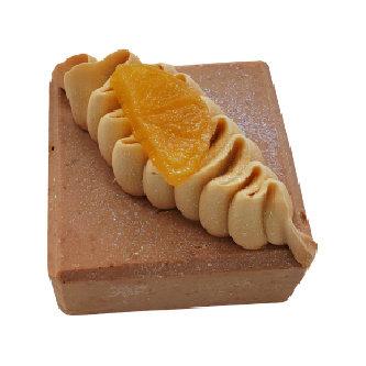 Lemon Pound Cake Soap   5 ozs