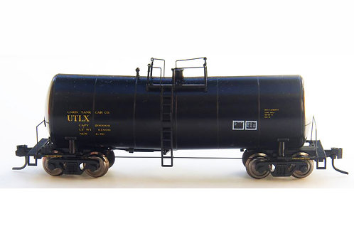 Zeuke FunnelFlow Tank Car - Black UTLX [no number]
