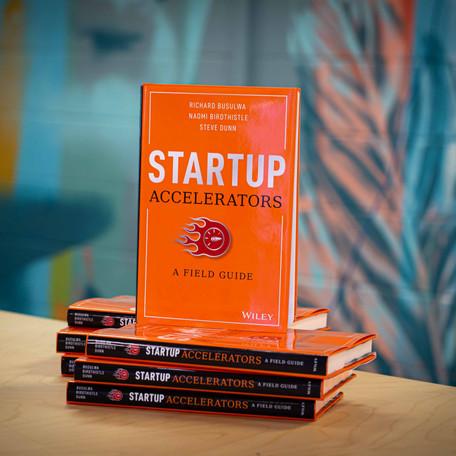 Startup Accelerators Book