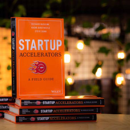 Startup Accelerators Books