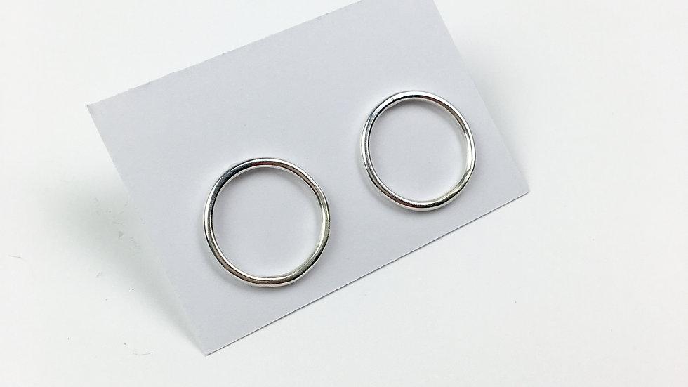 'Infinity' Silver stud earrings