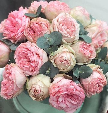 Flower Box/ Garden Roses