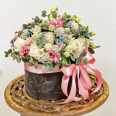 Flower-box / LOVE.IS