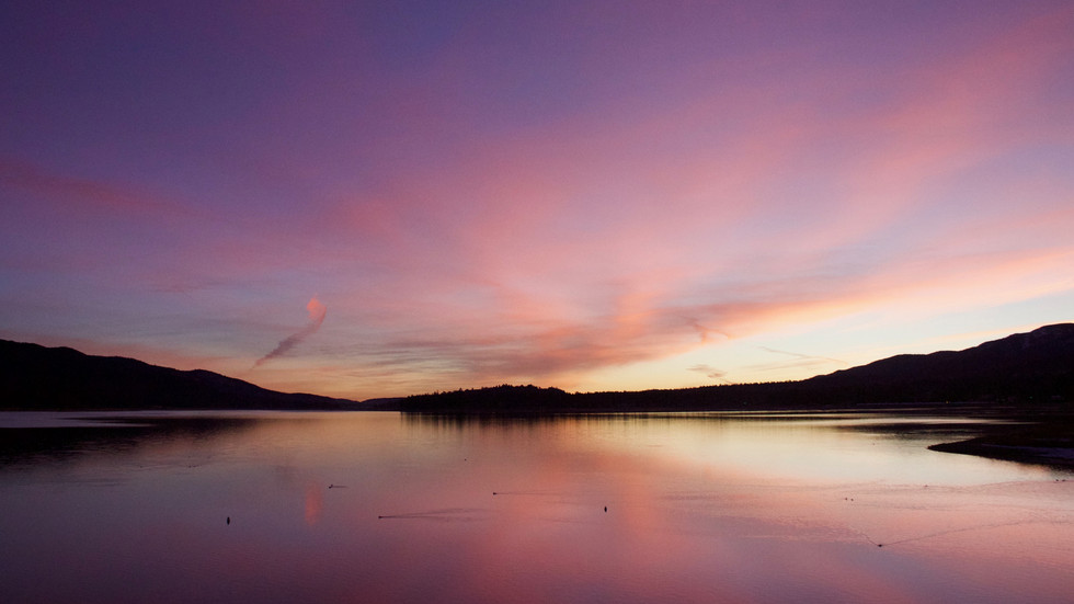 Sunrise at Big Bear Lake, CA (Photo: Lynette Haro)