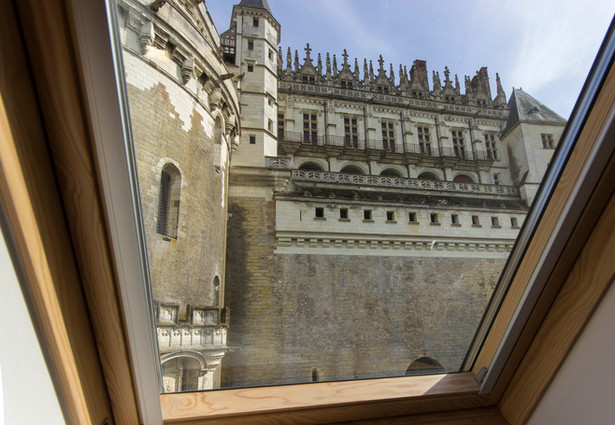 6 people apartment airbnb, hyper center of Amboise Loire Valley with view on the chateau castle, near Chenonceau and Chambord _view