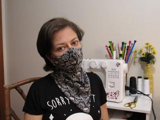Máscara com Lenço Embutido