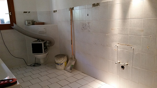 g services solutions villars burquin 14 douche italienne contre baignoire. Black Bedroom Furniture Sets. Home Design Ideas