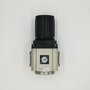 Régulateur de pression 0 - 10 bar  -