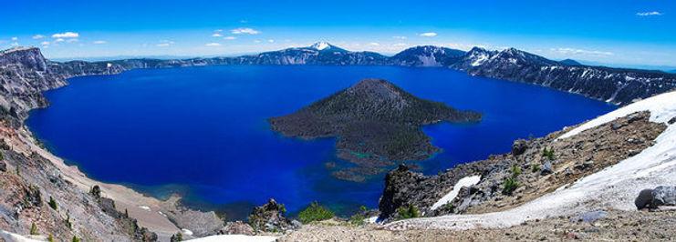 crater-lake-national-park-panoramic-scot