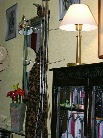 Drehbare Garderobe, tscharly design, 8604 Volketswil, Handwerks-Kunst aus Metall