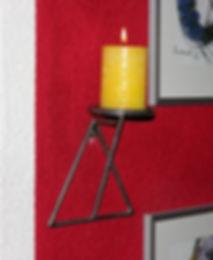 Kerzen-Halter für die Wand, tscharly design, 8604 Volketswil, Handwerks-Kunst aus Metall