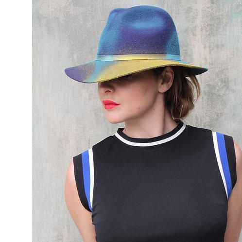 "CAPPELLO ""BLUE HAT"""