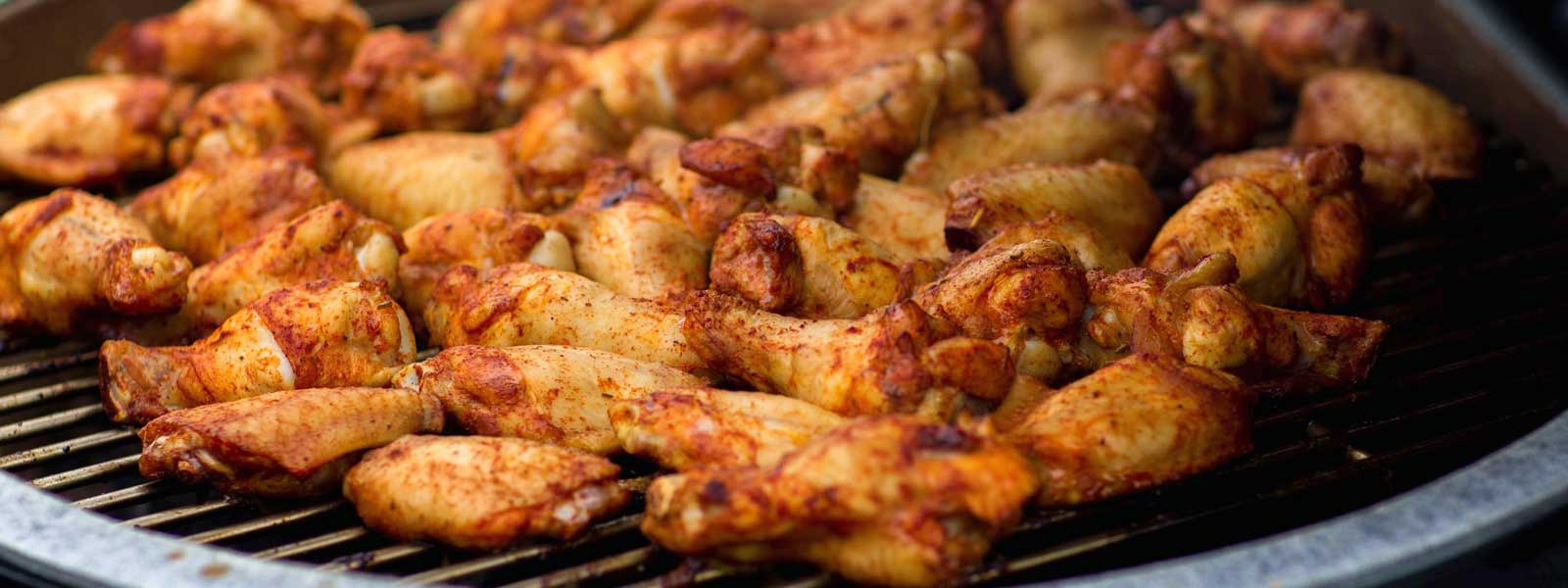 wings-on-big-green-egg-1600