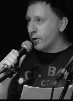 George Stanworth performing at a RRRants gig.