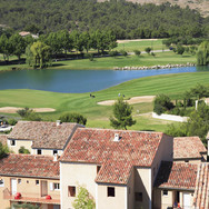 14 Golf de Pont Royal.Un golf consomme autant d'eau qu'une ville de 10.000habitants.