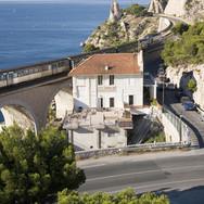 17 L'Estaques: la mer, le rail, la route.