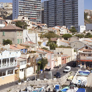 10 Marseille immeuble Vallon des Auffes