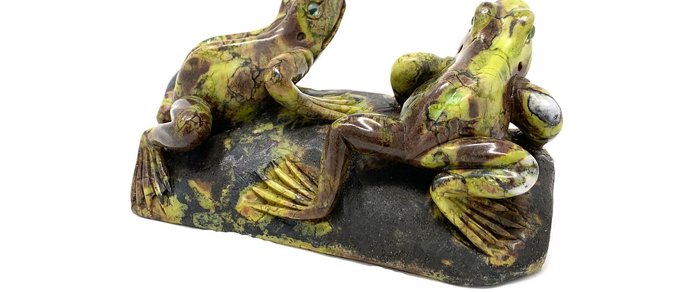 Natural Serpentine Frogs