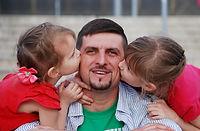 dad-twodaughters.jpg