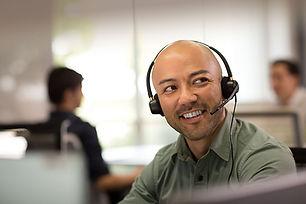 EncorePro_520_call_center_man_smiling_sc