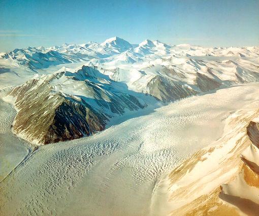 Beardmore-Glacier-Antarctica.jpg