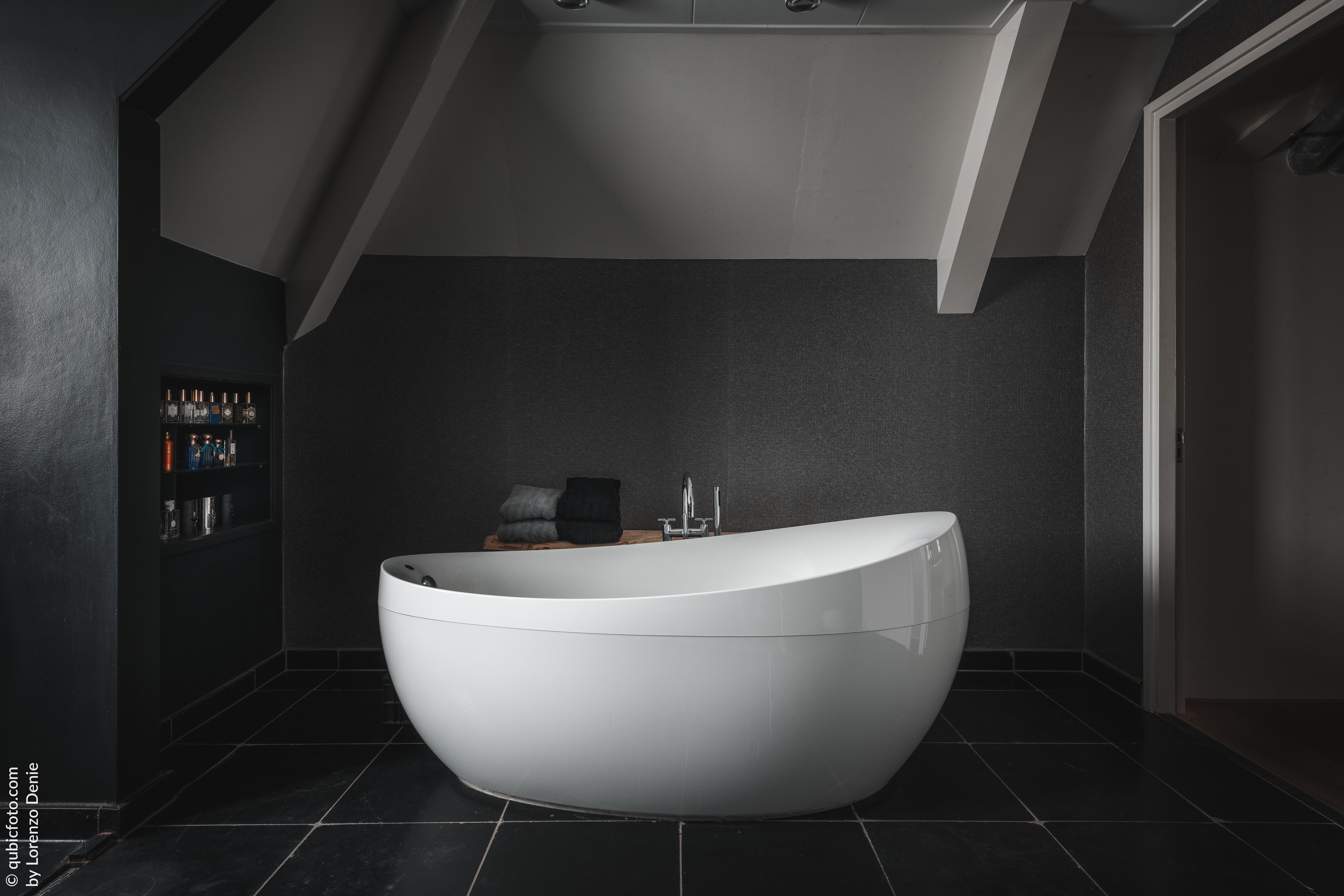 bath (1 van 1)