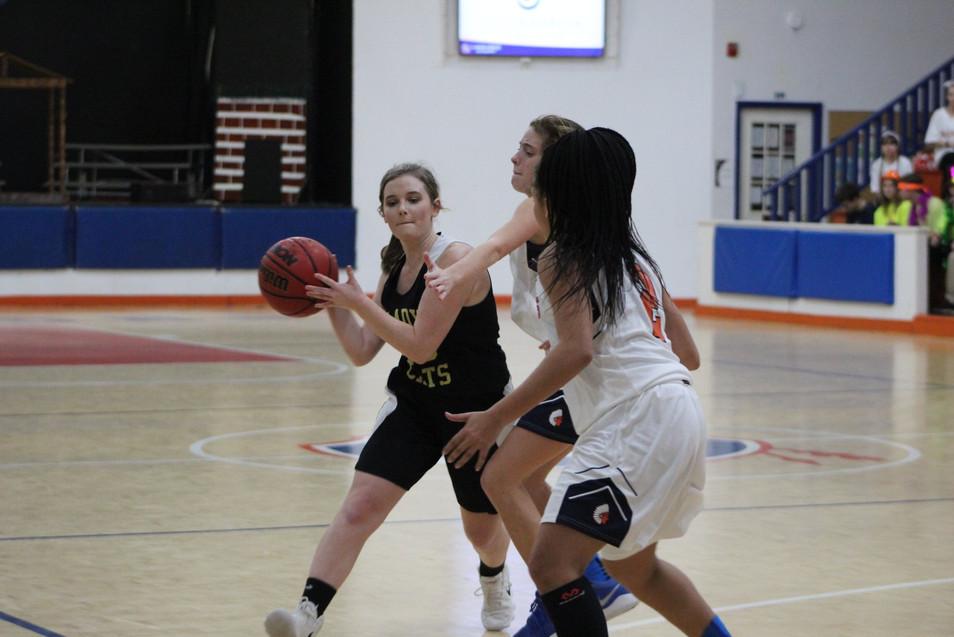 basketball - girls -1.jpg