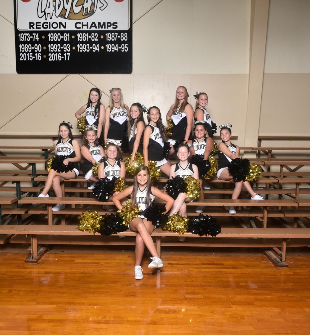2020 Middle School Cheerleaders
