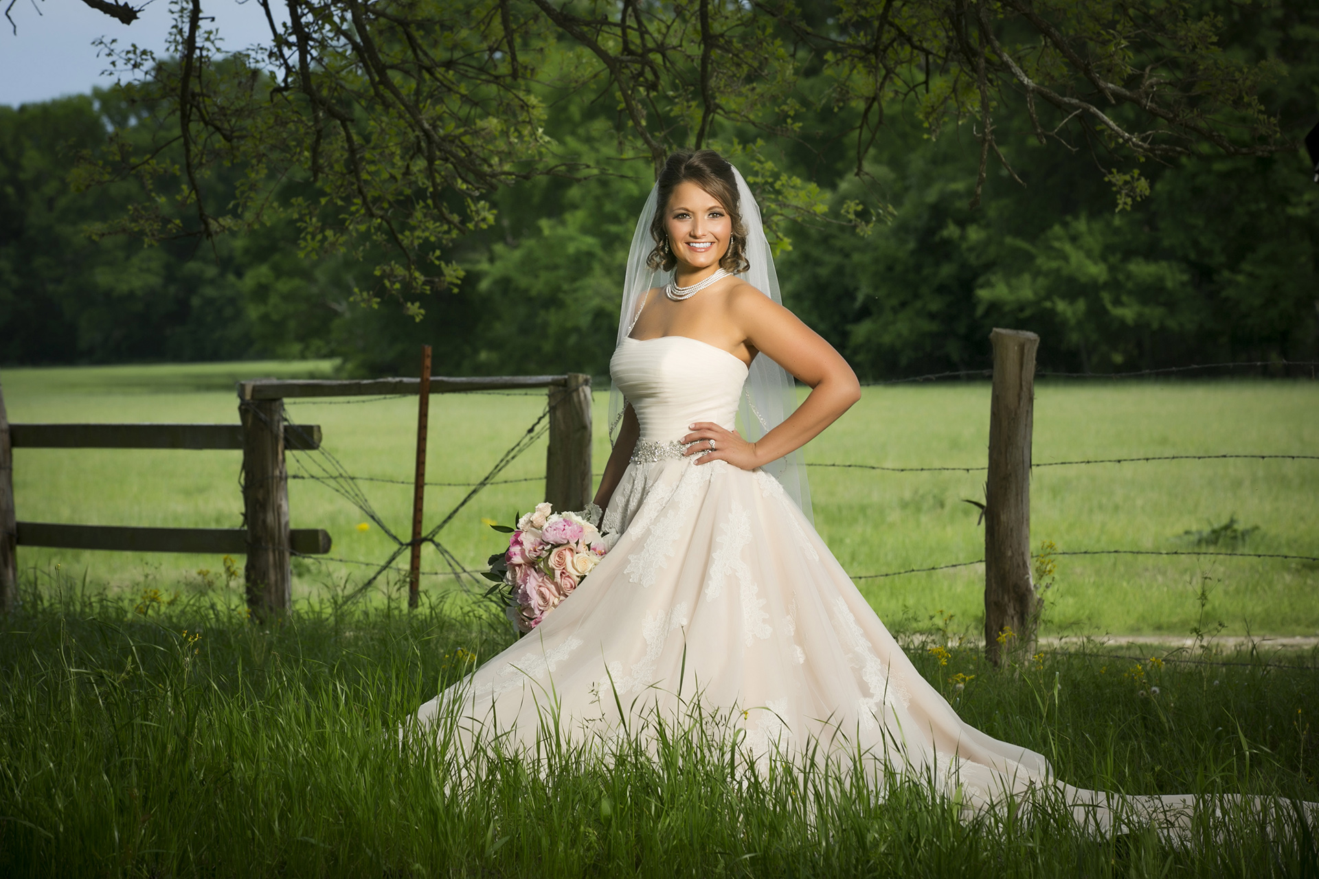 StoneOak Ranch Bridal Wedding