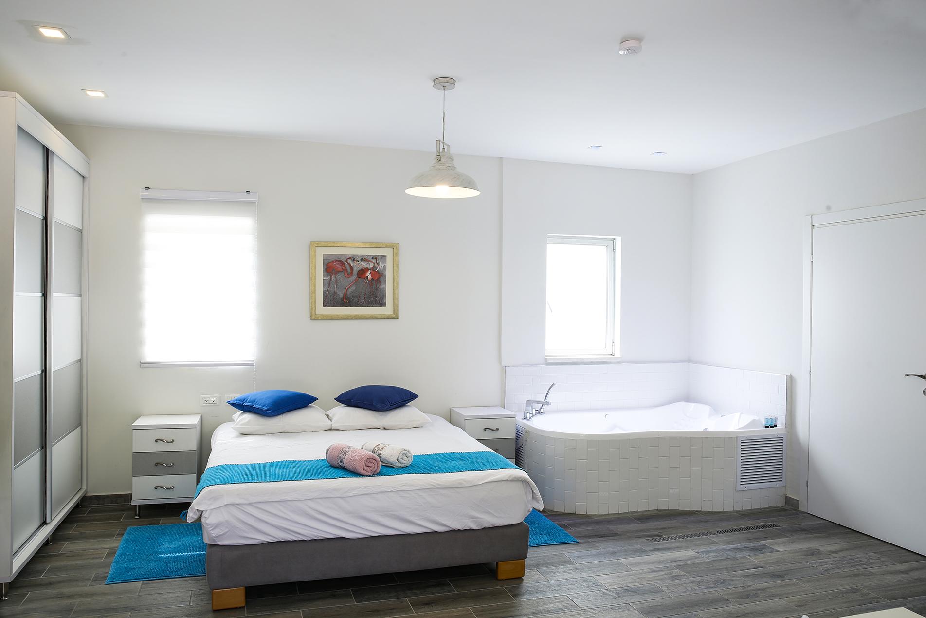 חדר שינה - עץ התות