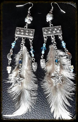 Feather & Charm Earrings - Grey/White