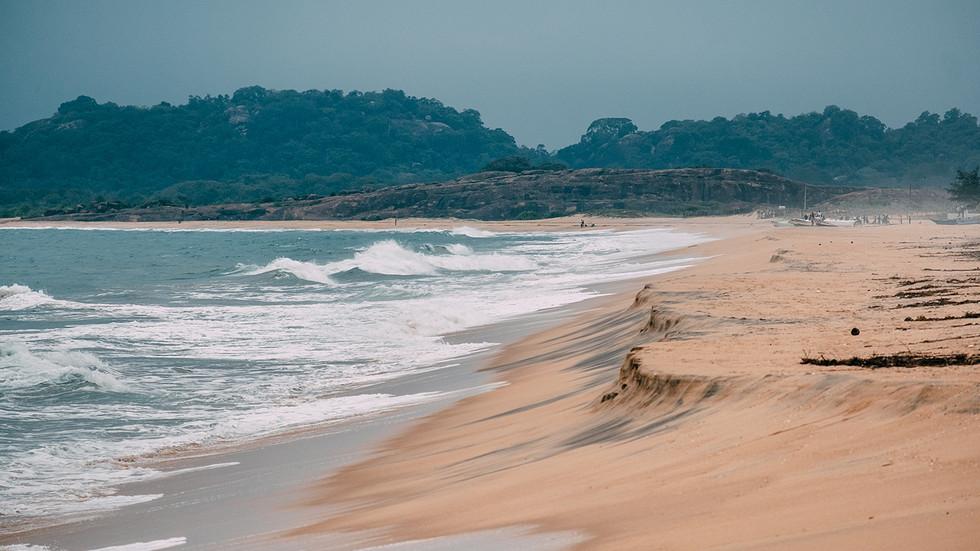 Arugam-Bay-Crocodile-Rock.jpg