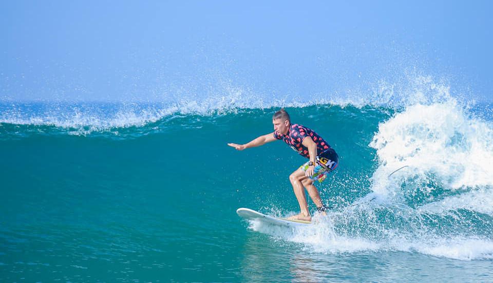 surf hikkaduwa555