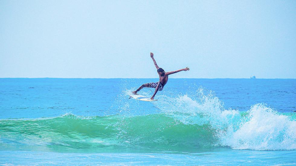 surf hikkaduwa222