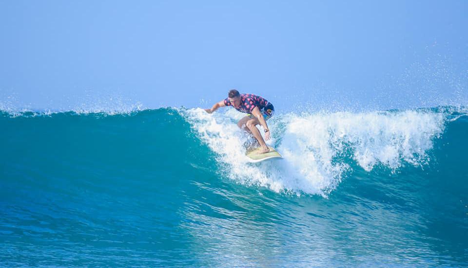 surf hikkaduwa333